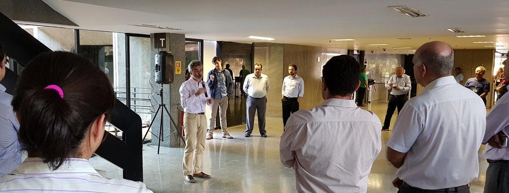 Sindicato apresenta, para a carreira, estratégia de atuação contra adiamento de reajuste