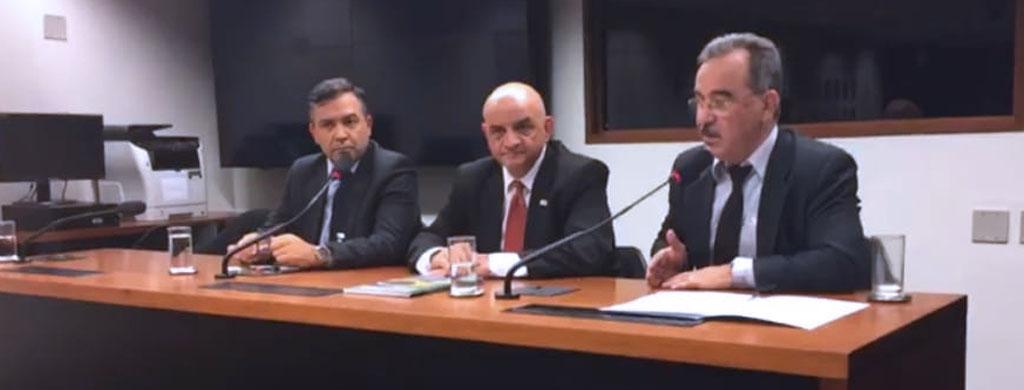 Na Câmara, Marques media debate sobre o papel dos servidores nas Eleições 2018