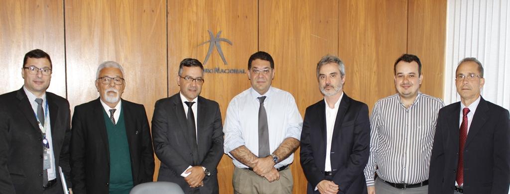 Cumprimento do Acordo Salarial de 2015 é tratado na primeira reunião com o novo secretário