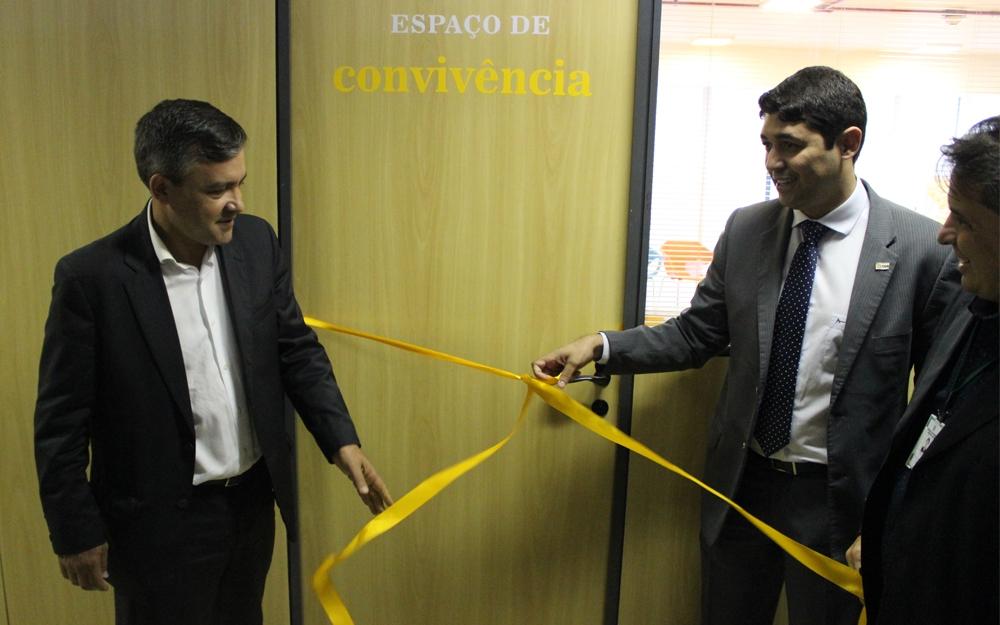 Presidente do Unacon Sindical e ministro da CGU inauguram sala de convivência