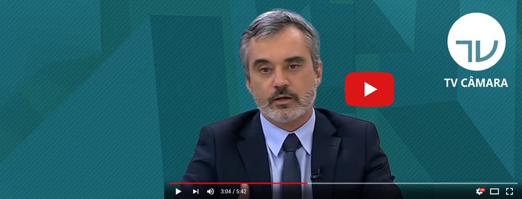 """Na TV Câmara, Bráulio Cerqueira avalia parecer da reforma da Previdência: """"ainda longe do razoável"""""""