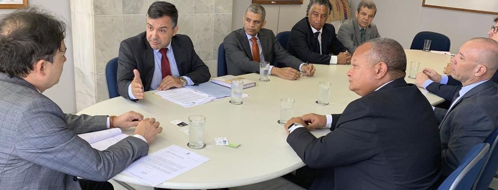 Unacon Sindical participa de reunião na Secretaria de Governo para debater reformas