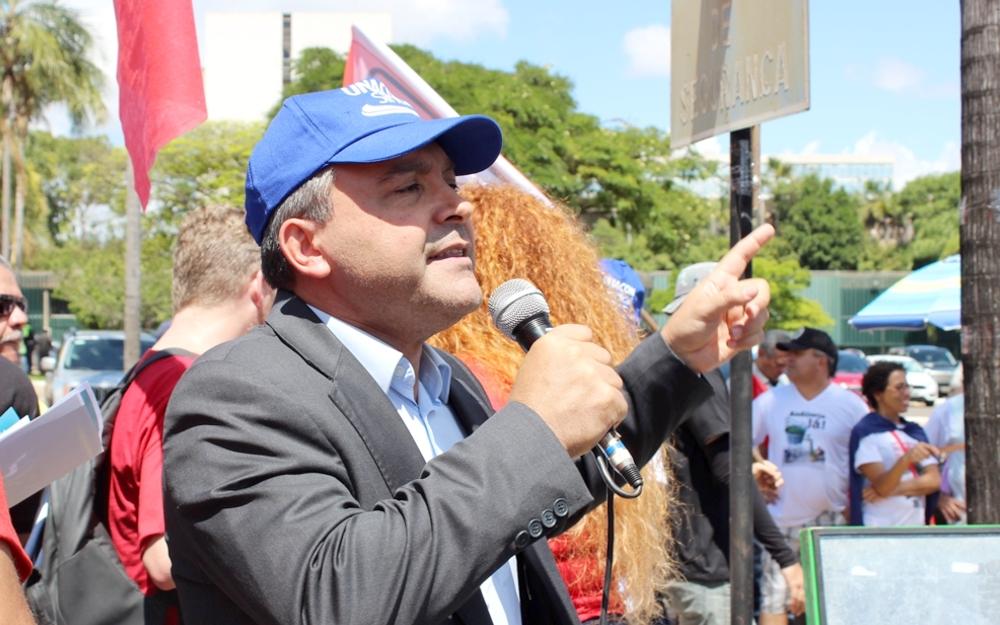 Rudinei critica os investimentos em propagandas para destruir a imagem do serviço público