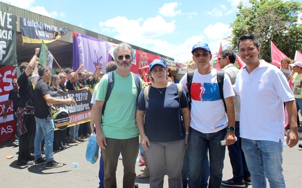 Os diretores eleitos, Roberta Holder, Arivaldo Sampaio e Bráulio Cerqueira, e o filiado Flávio Yamashita também estiveram presentes