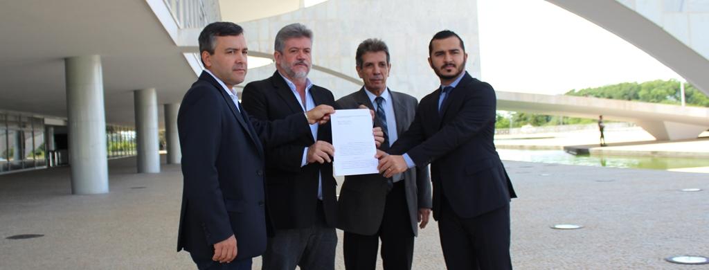 Pública protocola denúncia contra Marcelo Caetano na Comissão de Ética